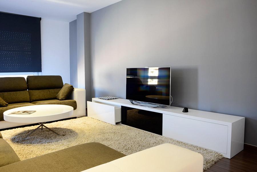 Muebles y complementos de decoraci n en madera taller en for Muebles la factoria castellon